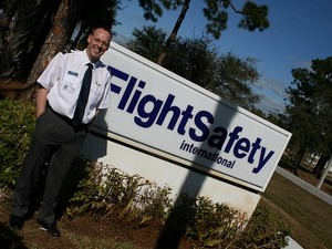 3-flight-safety-international.vero-beach.florida